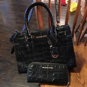 Handbags - Black Michael Korda purse and wallet